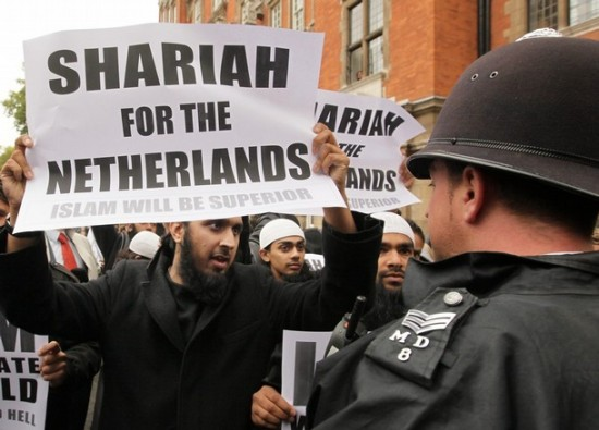 sharia-netherlands-dutch-multiculturalism-soeren-kern